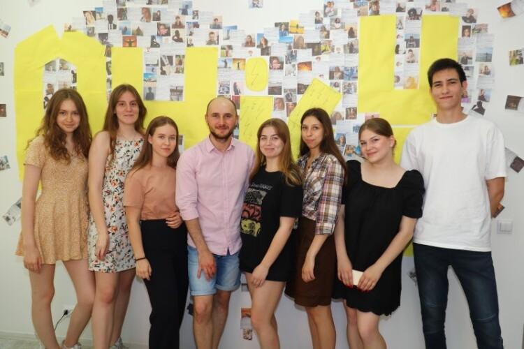 выпускники языковой школы «Оксфорд Хаус» 2021