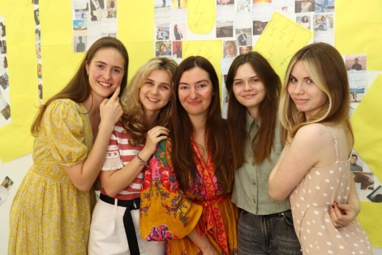 выпускники языковой школы «Оксфорд Хаус» 2021 фото 4